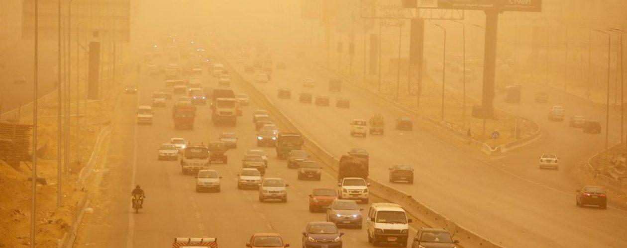 Pomarańczowe miasto – burza piaskowa w Kairze