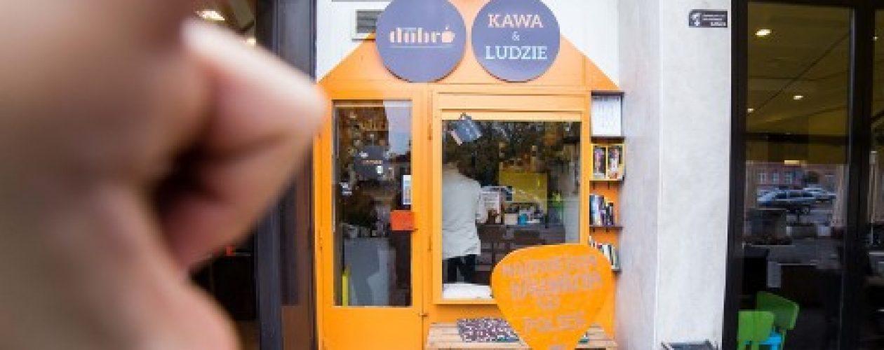 Dobro&Dobro, czyli najmniejsza kawiarnia w Polsce. Ma tylko 6m2!
