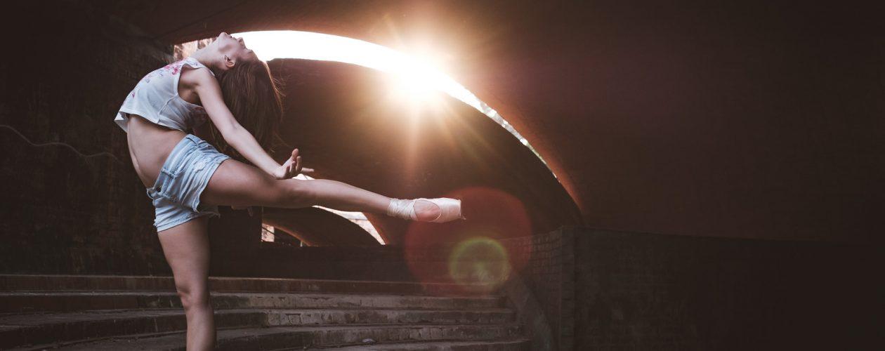 Tancerze sfotografowani na ulicach Nowego Jorku wyglądają jak z innego świata!