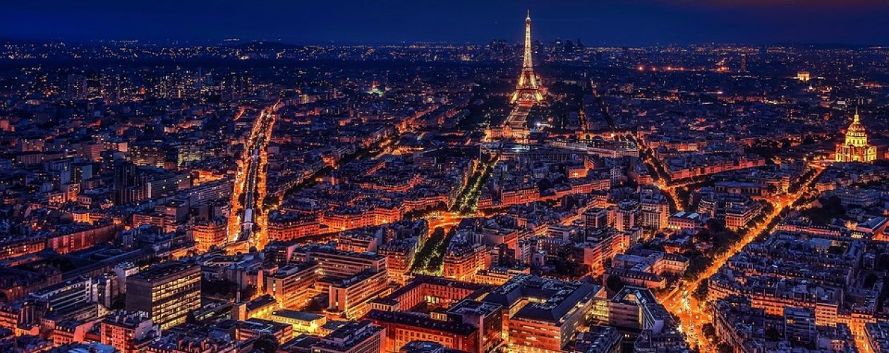 Paryż, Hong Kong i Singapur – najdroższe miasta świata