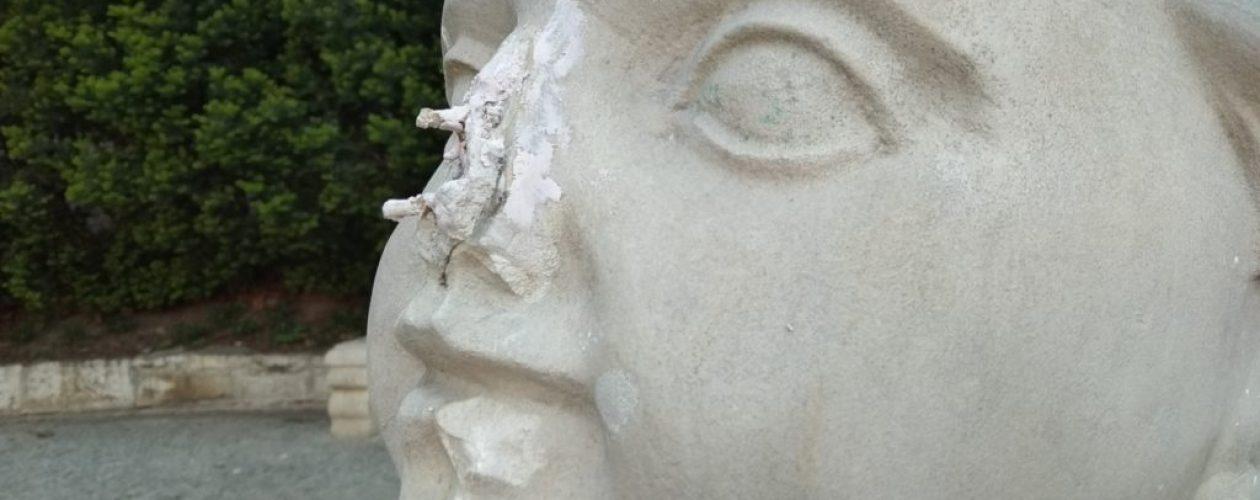 Nastolatka zniszczyła zabytkową rzeźbę. Film wrzuciła do sieci.
