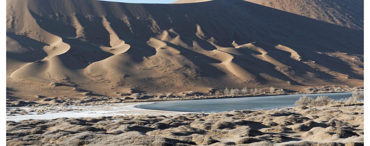 Badain-Jaran, cudowne jeziora, najpiękniejsze wydmy na świecie.