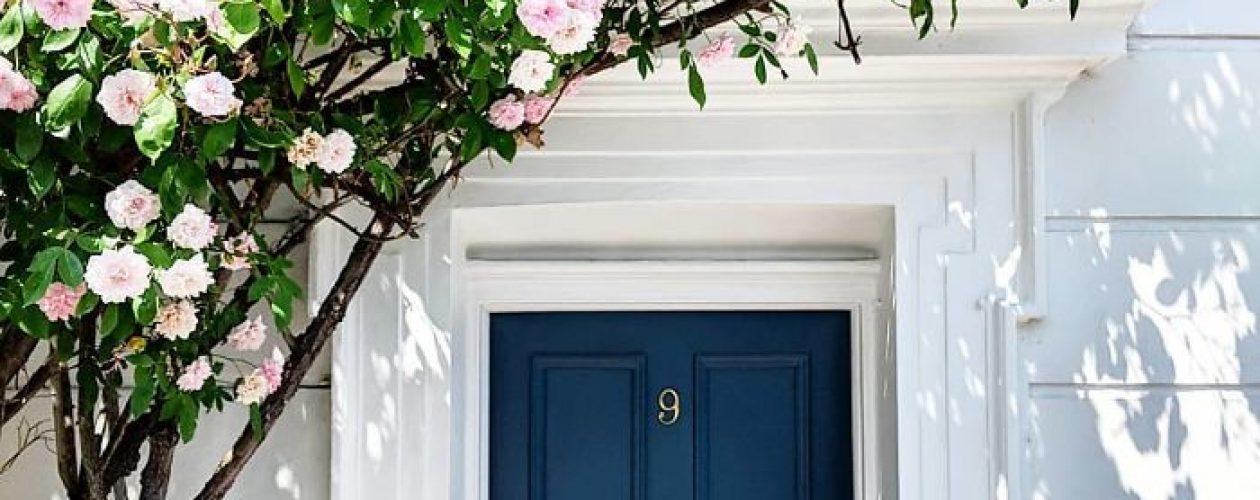 Najpiękniej ustrojone drzwi wejściowe w Londynie.