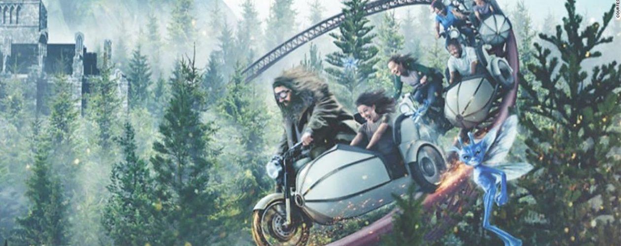 Kolejka górska Hagrida. Fani Harrego Pottera czekali nawet 10 godzin w kolejce.